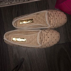 Michael Kors Slippers comes with free gift